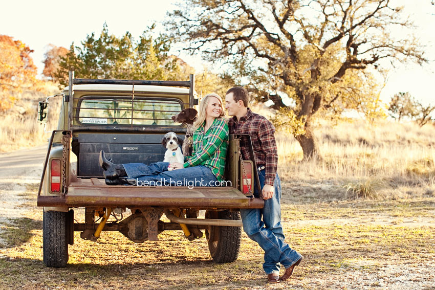San Antonio Tx Pickup Truck Engagement Photo 002 O Bend The Light