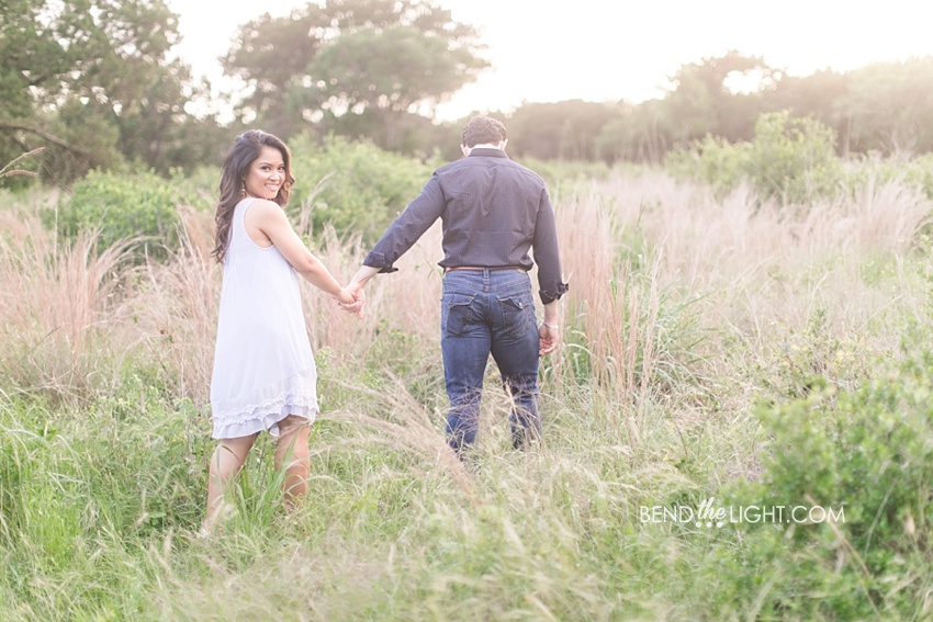 san antonio natural light engagement photographer san antonio lifestyle engagement portraits_0031.jpg